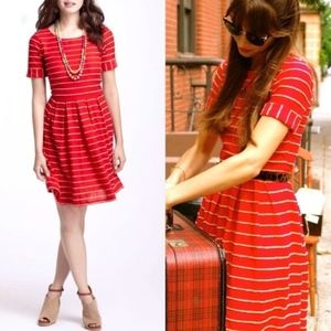 BORDEAUX  Small Scallop Stripe Dress TAYLOR SWIFT